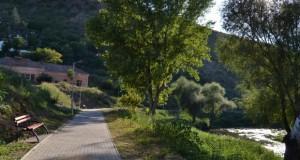 """Пешачка патека со излез зад """"Исарот"""" во Штип"""