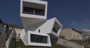 Куќата Моша на падините на Алборз, нуди незаборававен поглед