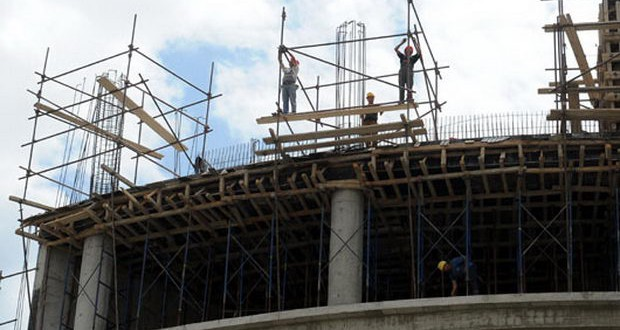 Советување за законите за градење и за градежно земјиште