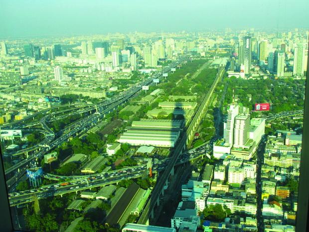 Поглед на Банкок од Бајоке облакодер 3