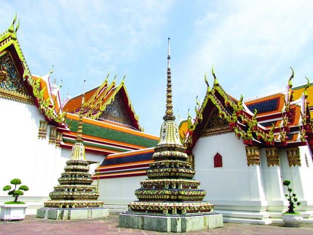Wat Arun - kompleks od mali i golemi hramovi