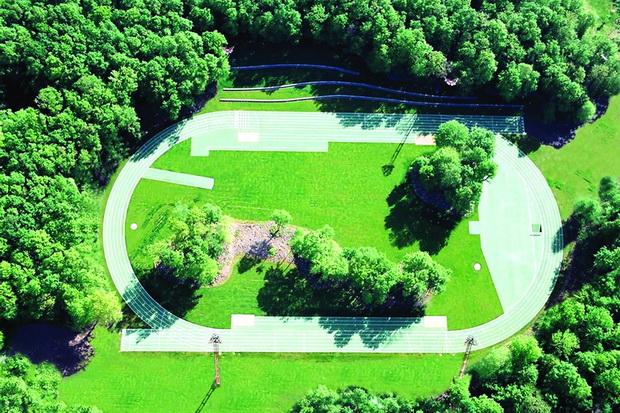 tossols-basil-athletics-track-2000-olot-girona-spain-photo-by-ramon-prat