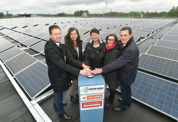 Neue Photovoltaikanlage am Wiener Hafen