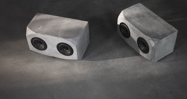 Минималистички звучници направени од бетон