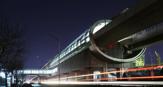 Нови футуристички станици на метрото во Пекинг