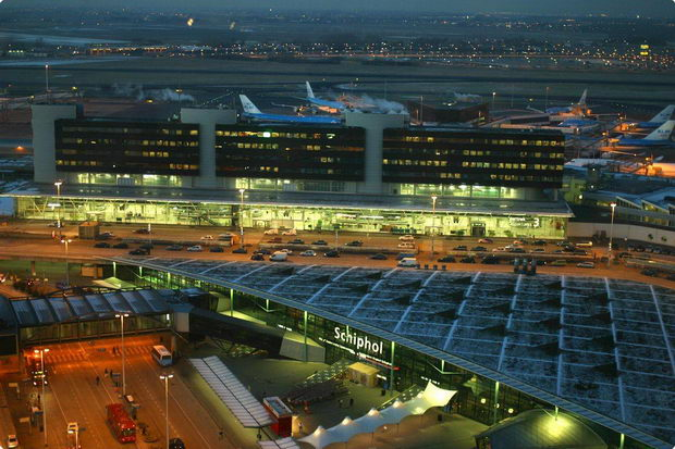 Schiphol_Airport__50