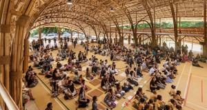 Фантастична сала направена целосно од бамбус