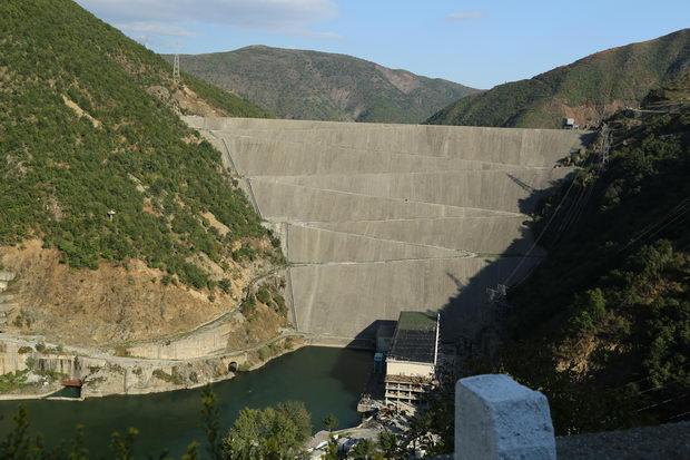 Hidrocentrala Fierza Albanija