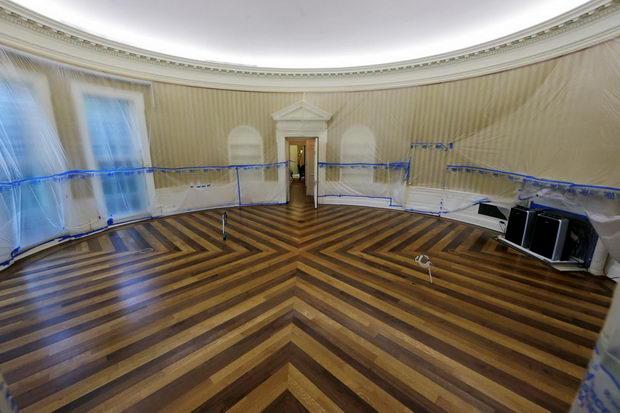 Ovalna soba za vreme na renoviranje