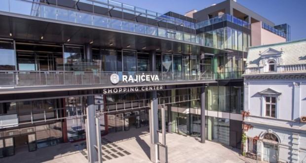 """Отворен шопинг центарот """"Рајиќева"""" во Белград"""