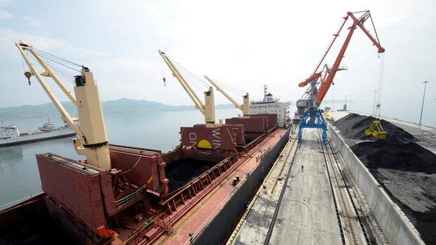 SEverna Koreja-jaglen-brod
