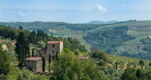 Се продава куќата на Микеланџело во Тоскана
