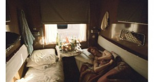 Интимни фотографии на Дејвид Боуви: Легендата и натаму живее