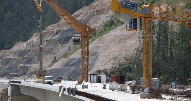 Се пресметува колку дополнителни пари се потребни за автопатот Кичево-Охрид