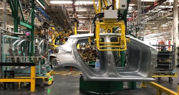 Renault: Финансиска инјекција во нови капацитети за EV