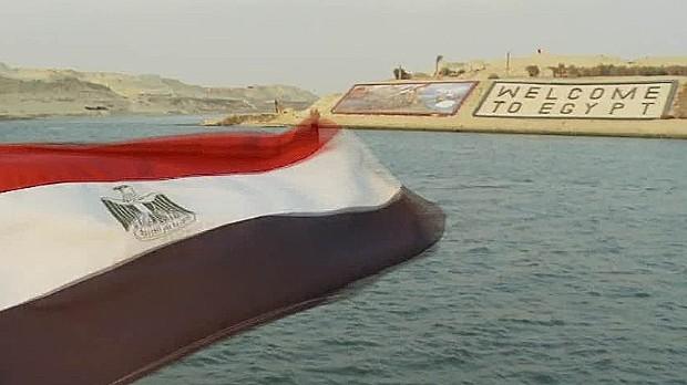 Suez canal6