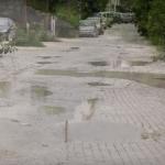 """Катастрофалната состојба на улица зад """"Тутунски комбинат"""", проблем за жителите на Кисела Вода"""