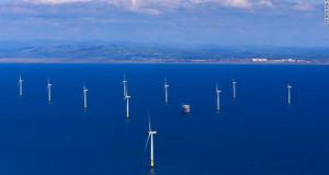 Џиновска ветрофарма во Ирското море