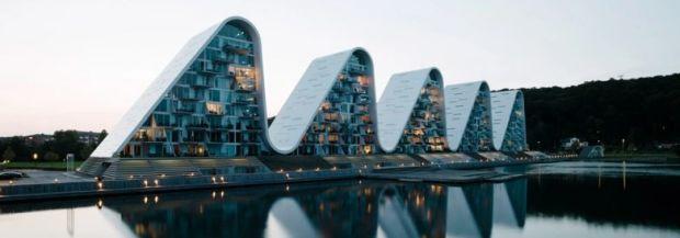 henning-larsen-architects-the-wave-apartment-completion-denmark-designboom-1800-782x274