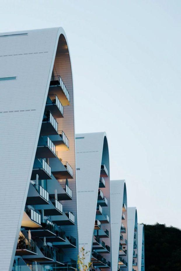 henning-larsen-architects-the-wave-apartment-completion-denmark-designboom-3-782x1172