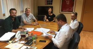 """Општина Центар ќе помогне киното во """"Железничката зграда"""" да стане простор за културни активности"""