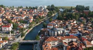 Во отсуство на градоначалникот и Струга изгласа мораториум за градби