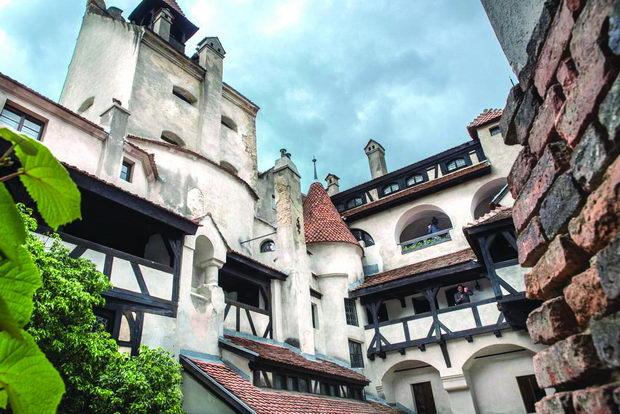 Bran-Castle-Transylvania-Romania23