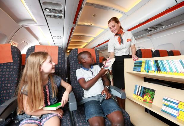 EasyJet воведе библиотека со 60.000 книги во своите авиони