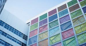 Дански универзитет ја усовршува изработката на соларни панели во боја
