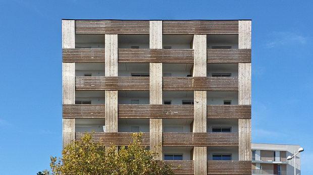 Испреплетена фасада за нов урбан репер