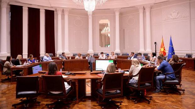 Владата и граѓанскиот сектор разговараат за намалување на аерозагадувањето