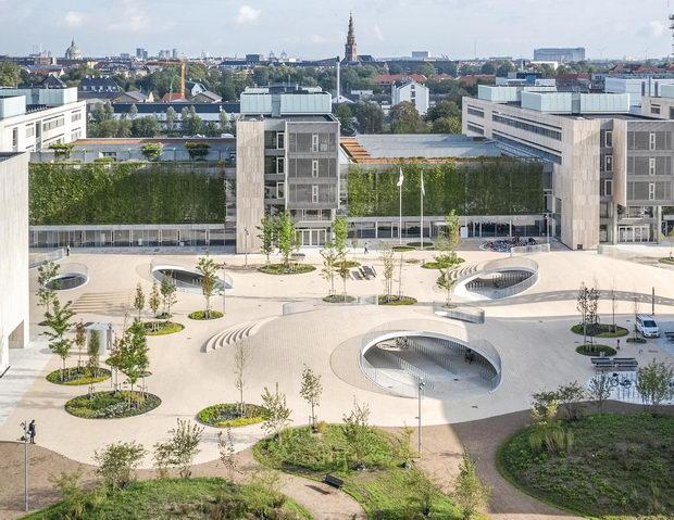 Плоштад во Копенхаген реконструиран за да одговори на велосипедските потреби