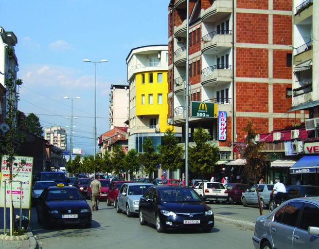 Tetovo_Tetovo_Tetov-_-_street