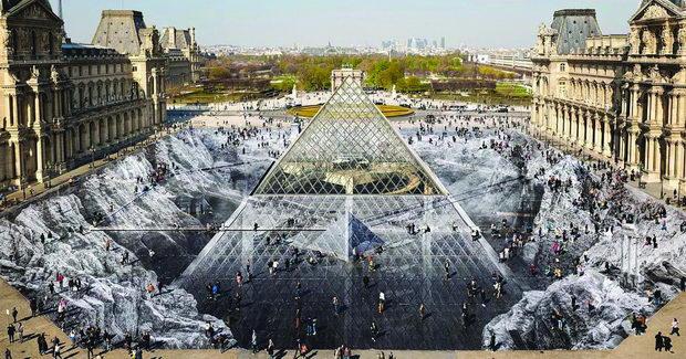 Голема оптичка илузија создадена од уметникот ЈР за прославата на 30 от роденден на Стаклената пирамида