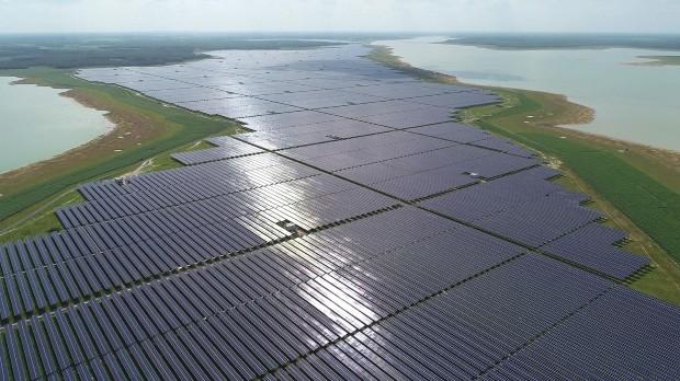 Двоцифрен глобален раст во инсталираната моќност на соларните централи
