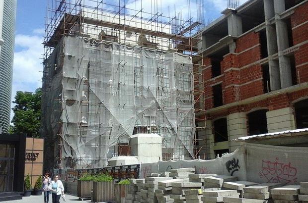 Знае ли Владата колку чини уривањето на споменикот на Мајка Тереза?