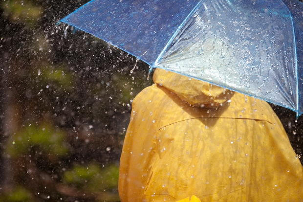Една капка дожд е доволна за да осветли 100 LED диоди