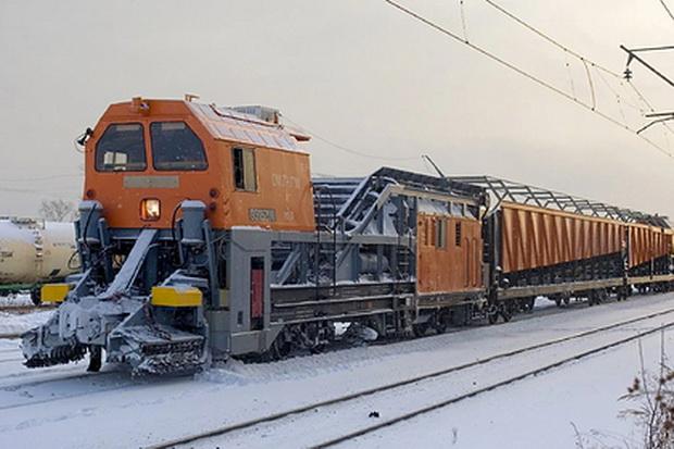"""Финците воодушевени од рускиот воз кој """"јаде снег"""""""