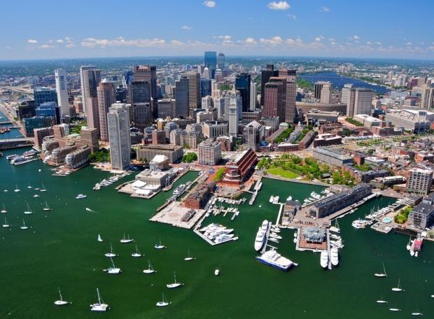Во Бостон мораториум на градежните активности поради коронавирусот