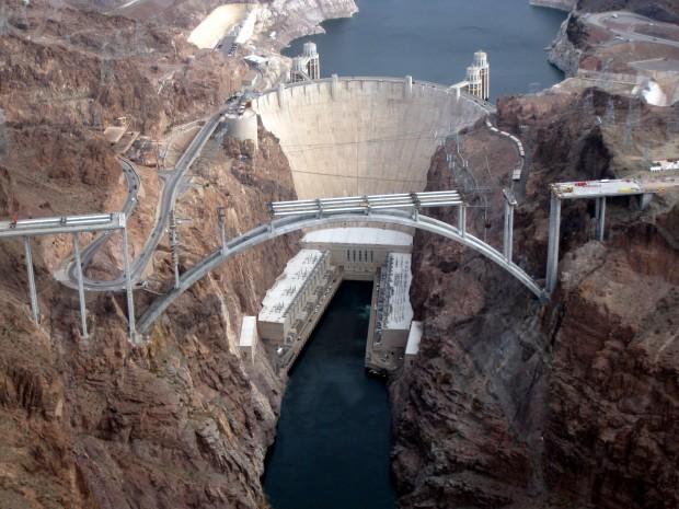 Историски фотографии за инжeнерскиот подвиг зад изградбата на легендарната Hoover Dam