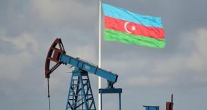 Во азербејџанскиот дел на Касписко море пронајдени резерви од нафта