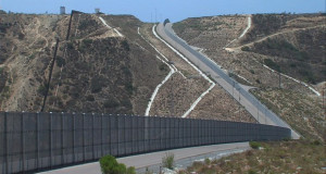 САД ја забрзуваат изградбата на ѕидот долж границата со Мексико