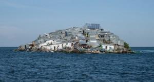Добродојдовте на најгусто населениот остров на светот (фото)