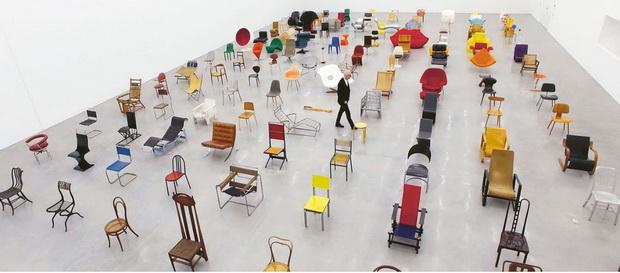 """Филмот """"Chair Times"""" – историја на седењето од 1800 до денeс"""