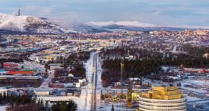 Овој 125-годишен шведски град се преселил со своите згради