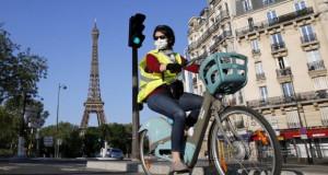 Франција поттикнува возење велосипед за да ја намали можноста од зараза