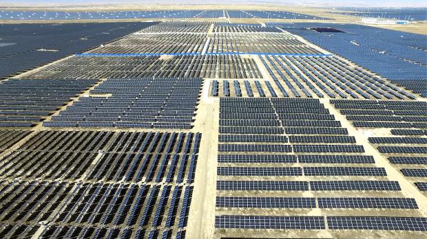 """Соларната електрана """"Караваста"""" во Албанија, ќе произведува најефтина струја на Балканот"""