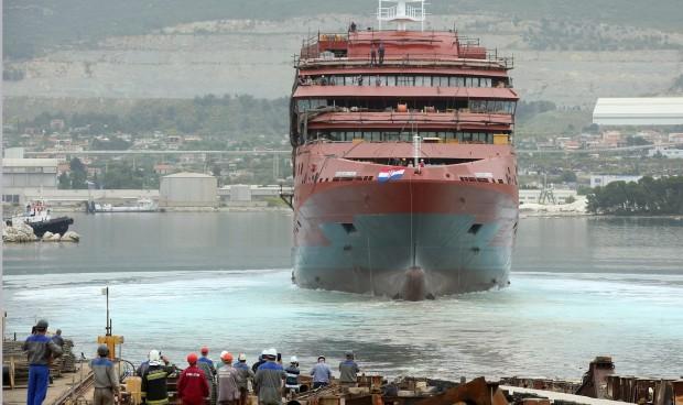 Сплит: Свечено исплови новиот модерен брод за поларни експедиции