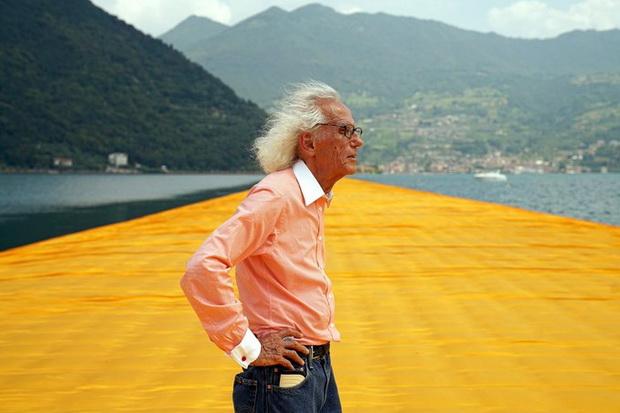 Почина Кристо – бугарскиот уметник кој ги завиткуваше зградите