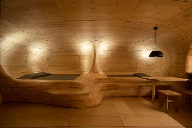 """Ентериер во грчко одмаралиште како """"дрвена пештера"""""""